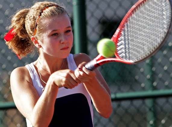 Katie Gutknecht won her third singles match for Mendham to send her record to 7-0.