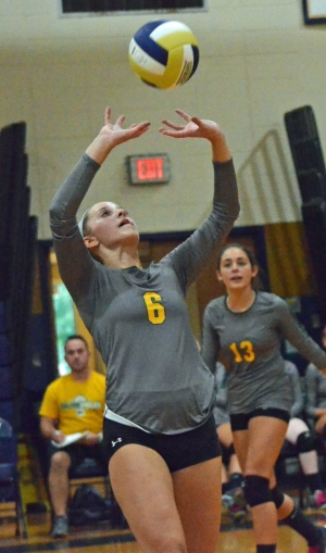 Knolls rallies past Gaels