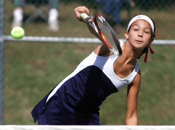 Mendham's Lauren Hernandez, pictured, and Veronika Fojtu won the first doubles title at the Morris County Tournament.