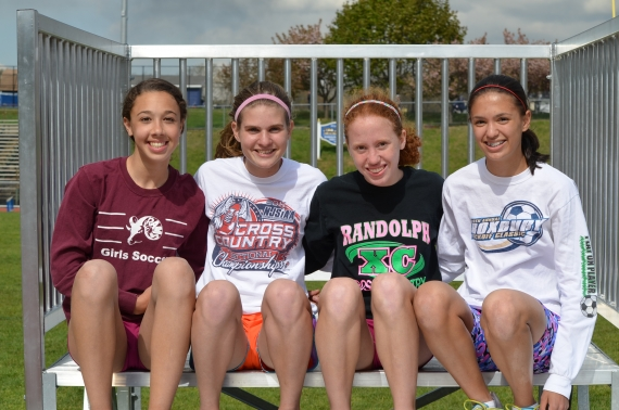 Randolph 4x800 team has strong bond