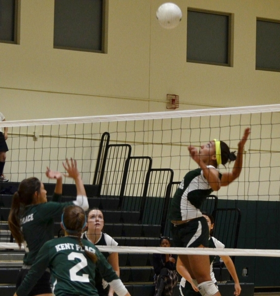Villa Walsh's Anique Barch prepares to make a kill.