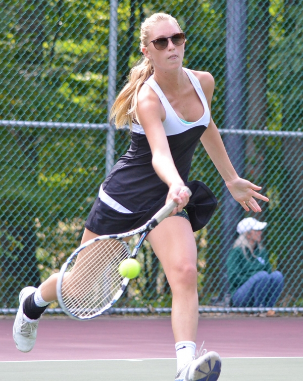 In the slideshow, fifth-seeded Stef Elling of Morristown gained the MCT semifinals.