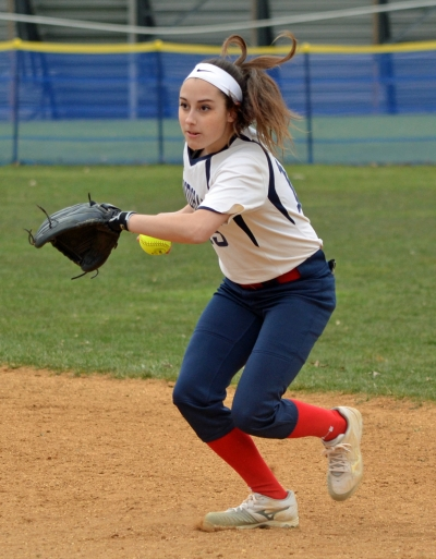 Mendham's Gabby Donofrio gets set to make a throw after fielding a groundball in a game versus Parsippany in April of 2018.