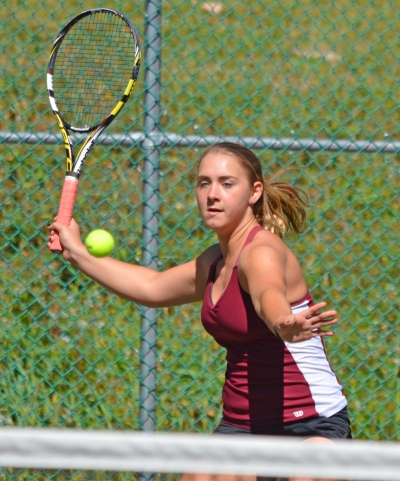 Stef Elling of Morristown, seeded third at first singles, advanced to the MCT semifinals.